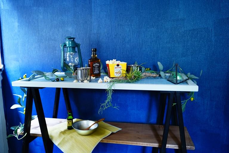 折りたためて便利♪「アウトドアテーブル」にもなるラダーシェルフを作ろう!